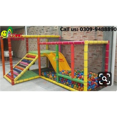 Indoor Play Booster IDB 015A